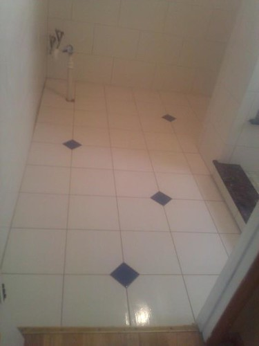Ceramic tile and glass tile inserts