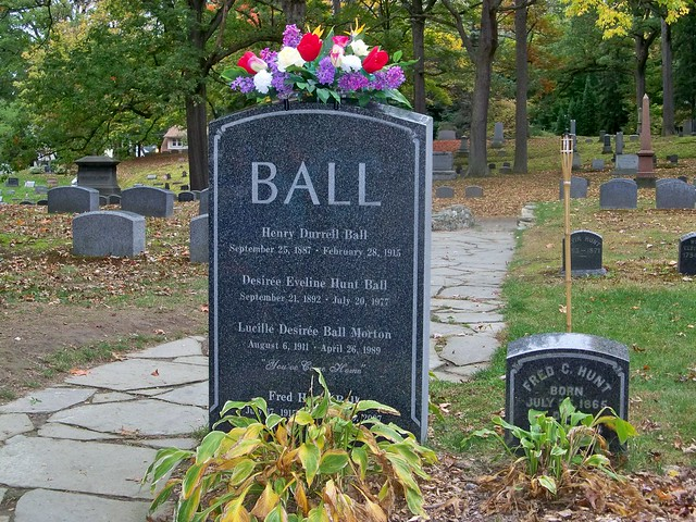 Lucille Ball Grave Lakeview Cemetery Jamestown Ny By Linda D Flickr Photo Sharing