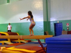 floor gymnastics(0.0), play(0.0), trampolining(0.0), balance beam(1.0), individual sports(1.0), sports(1.0), leisure(1.0), gymnastics(1.0), artistic gymnastics(1.0),