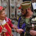 Disfraz de duquesa y militar para carnaval