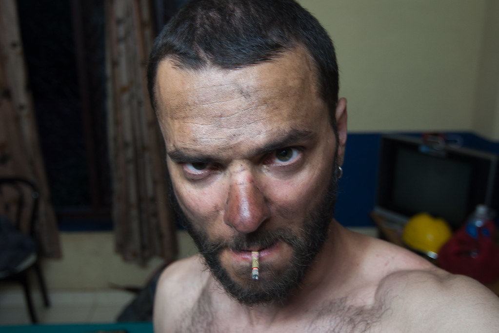 """Ok, now to a funny pic: this is me after 422 km and 11 hours of driving on indian """"highways""""."""