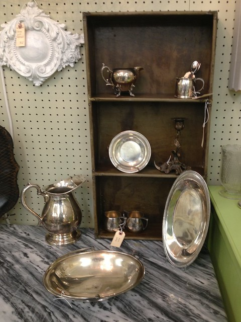 silver plate collection via homeologymodernvintage.com