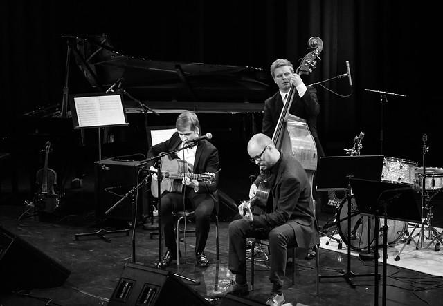 Olli Soikkeli gypsy jazz -trio