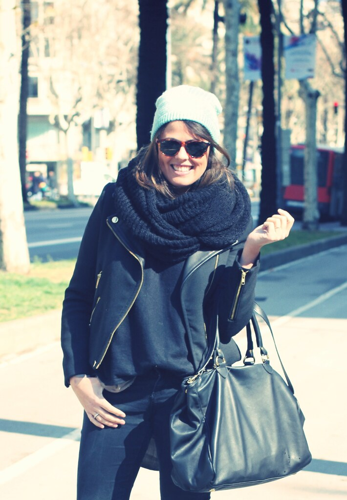 Total look black + beanie - Monicositas