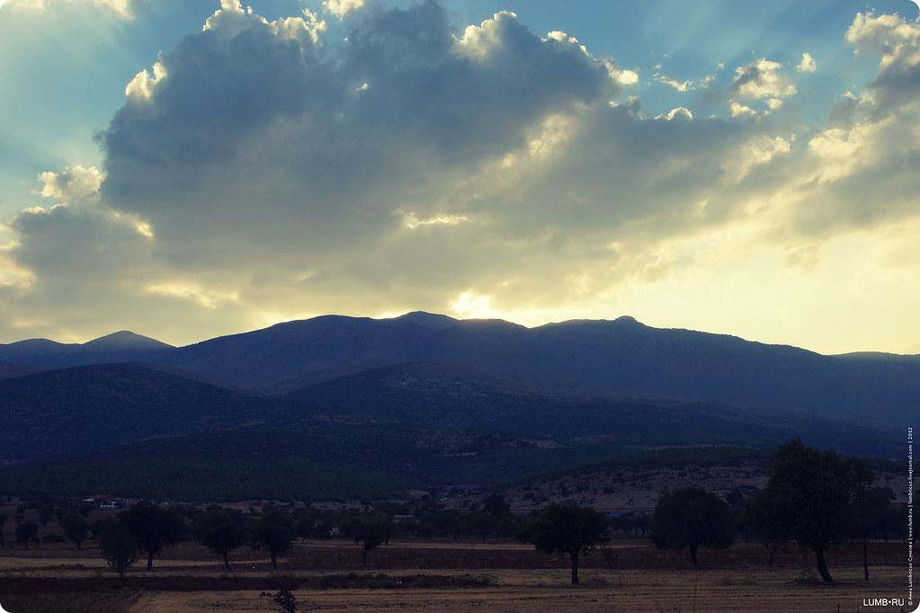 2012.09.20 road to Pamukkale