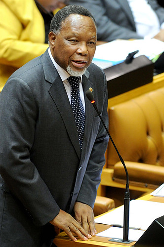 Deputy President Kgalema Motlanthe responds to questions in Parliament, 6 March 2013