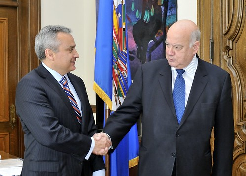 OAS Secretary General Receives National Ombudsman of Chile