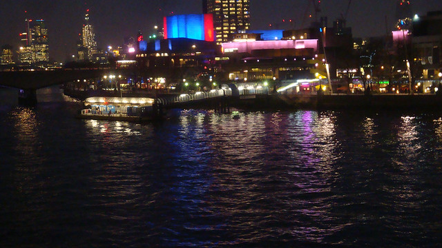 London colours at night 3.JPG