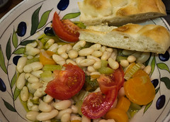 Alubia bean salad with pide bread