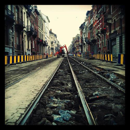 belediye işbaşında #kanalbruksel #brussels #saintgilles #1060 #tram81 #construction