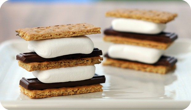 Marshmallow-Stacker-Smores