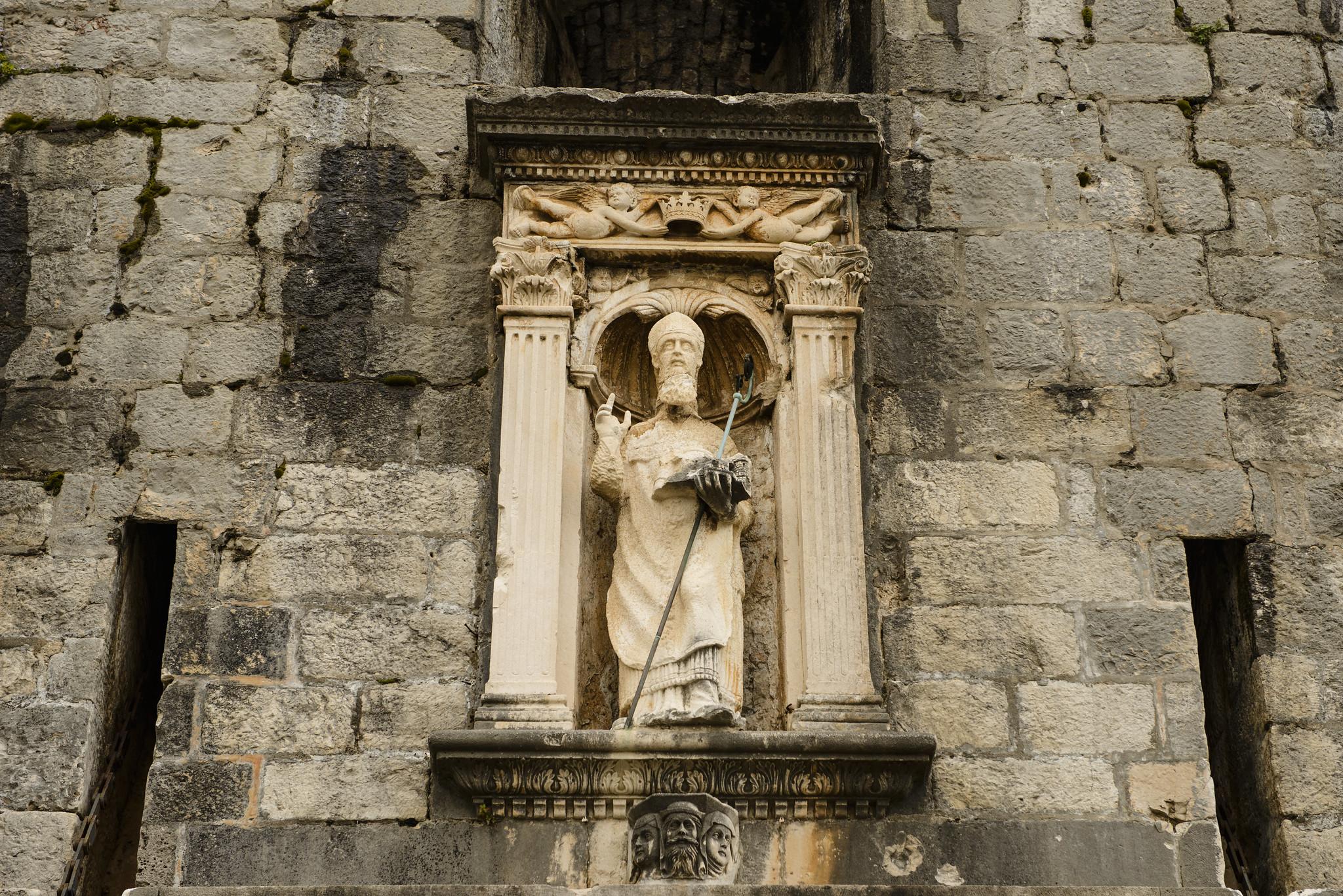 Szent Balázs szobor