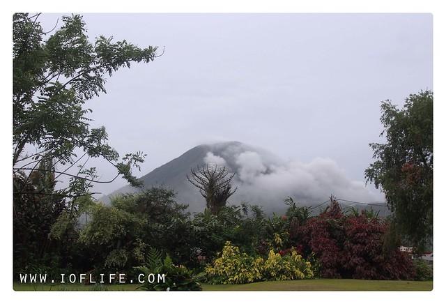 gunung lokon garden hotel manado_s