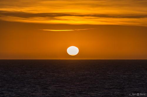 sunrise antarctica deceptionisland canonef28300mmf3556lisusm