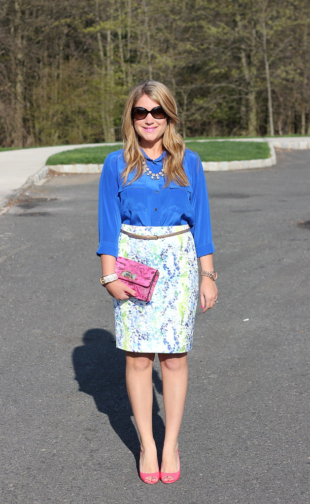 watercolor pencil skirt and blue blouse work outfit idea spring