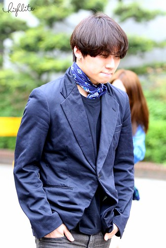 Seungri Daesung HQs KBS Arrival 2015-05-15 02
