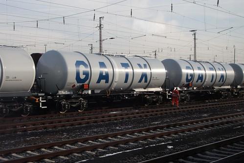 Rake of GATX tank wagons at Hanau, Germany