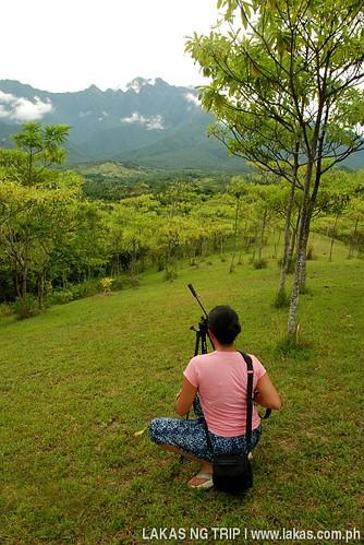 Dazl taking a photo of Mount Guiting-Guiting