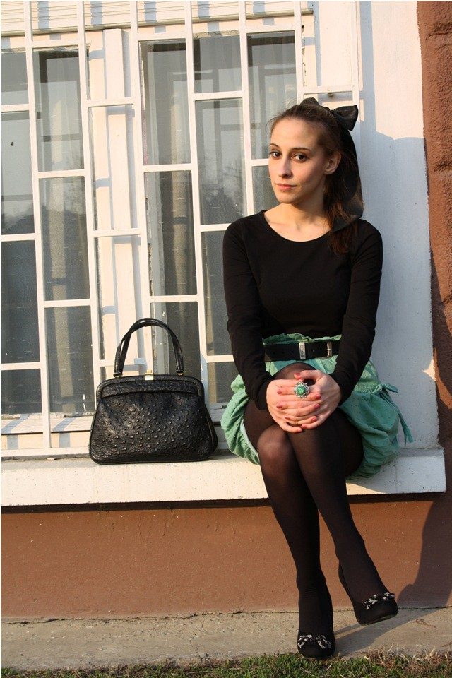 Romantic Outfi Skirt Tights Shoes -5546