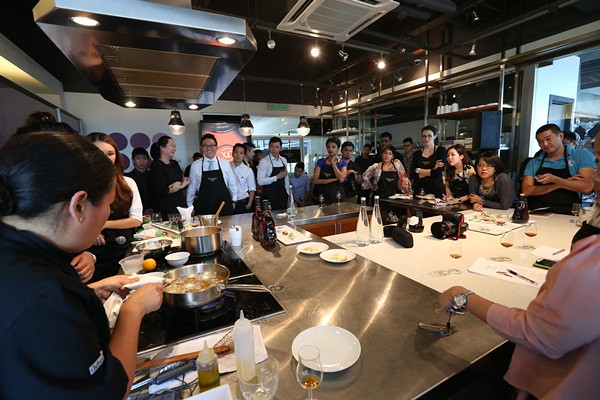 HXO AG1 2013 - The Art of Canapes with Chef Lee Anne Wong-003
