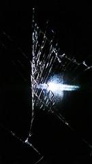 Lumia 920 background image - broken screen