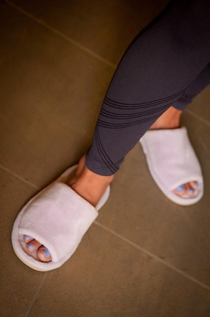 Nature's Sleep open toe slipper
