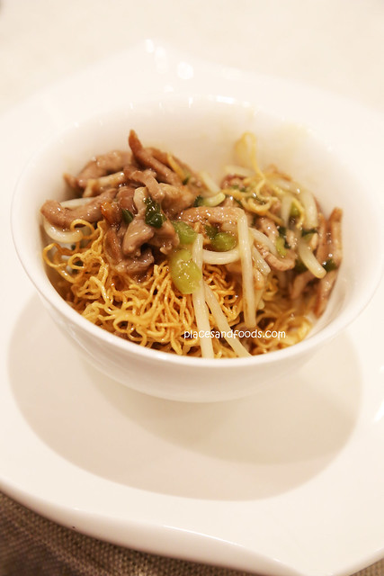 imperial treasure duck with crispy noodle