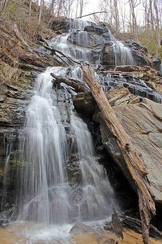 issaqueenafalls walhallasc oconeesouthcarolina stumphousemountainpark
