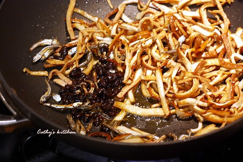 丁香魚豆干 Fried Anchovy with Bean Curd 6