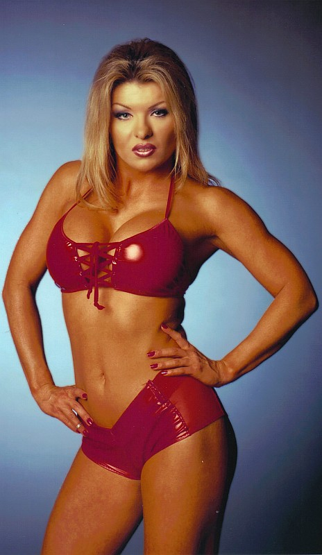 Major Gunns (Tylene Buck) from WCW