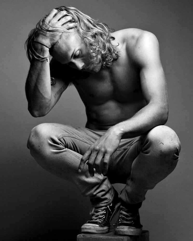 Chris-Brown-By-Benjo-Arwas_23