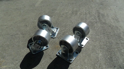 700 Pound Casters
