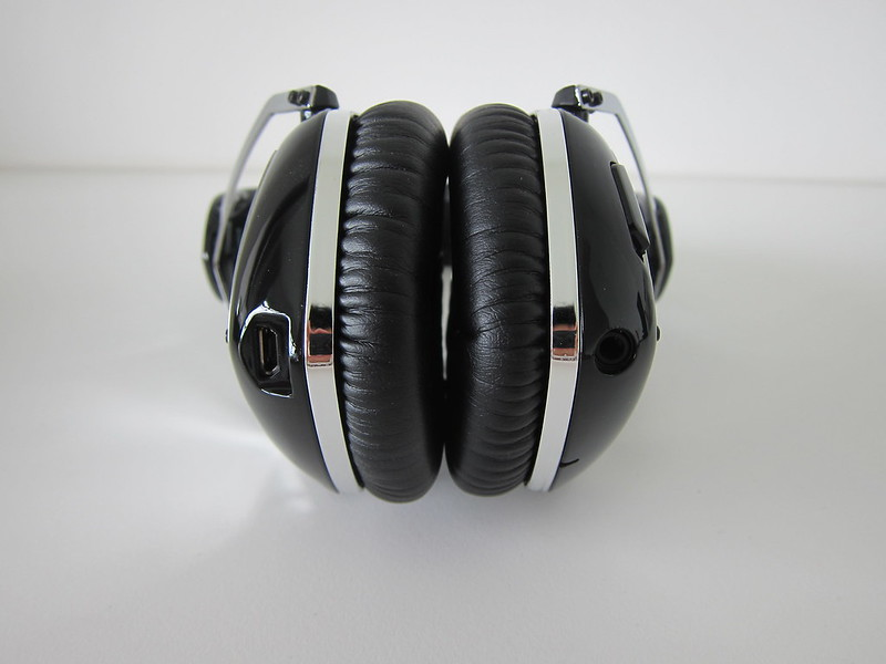 V-MODA Crossfade Wireless Headphones - Bottom