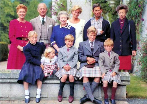 1990 Very rare pictures of Prince Charles with both of his sons Prince William and Prince Harry in kilts