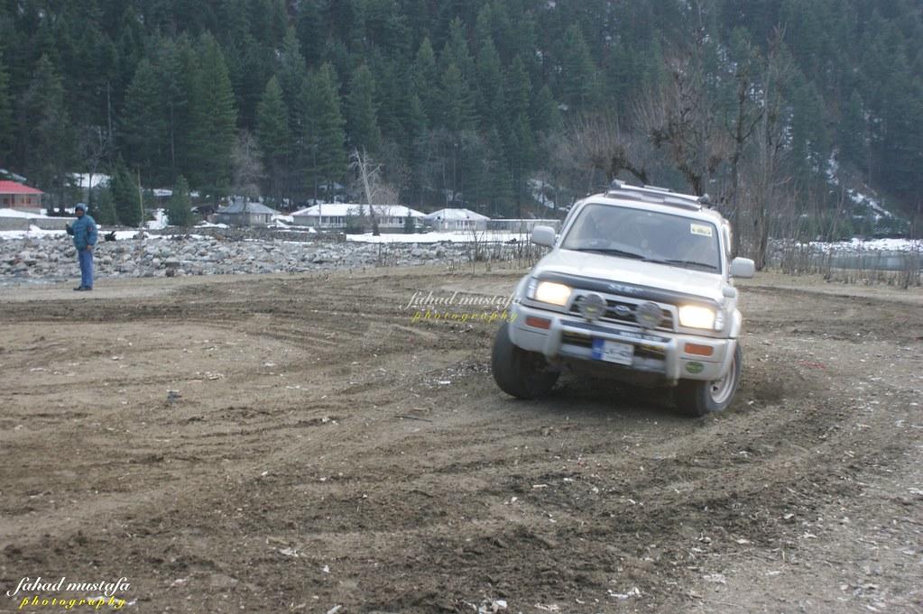 Muzaffarabad Jeep Club Neelum Snow Cross - 8468318309 4498d77b50 b