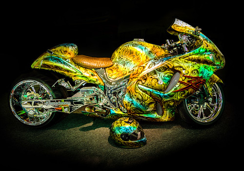 usa green bike yellow blackbackground photography gold colorful paint metallic unitedstatesofamerica super chrome motorcycle suzuki custom hdr glows nuked showbike