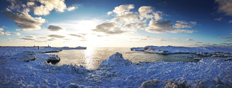 Lake Michigan Icebergs Pano
