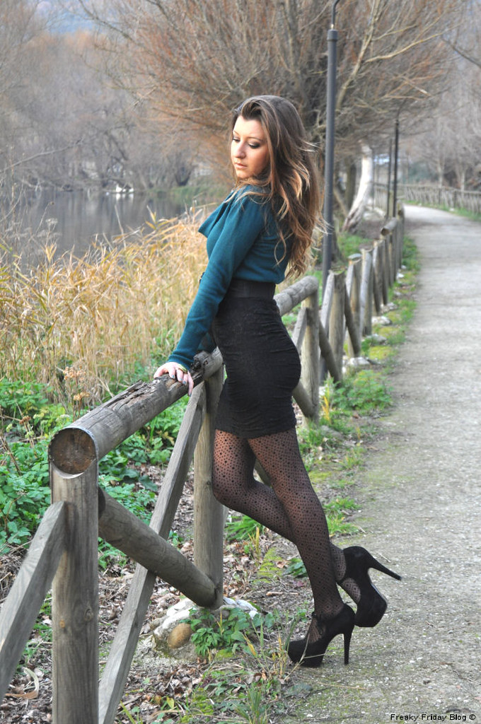 pantyhose high heels skirts