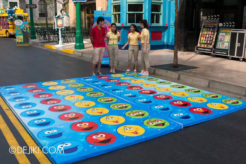 Street Game 1 - Abby Cadabby's Balance / Twister
