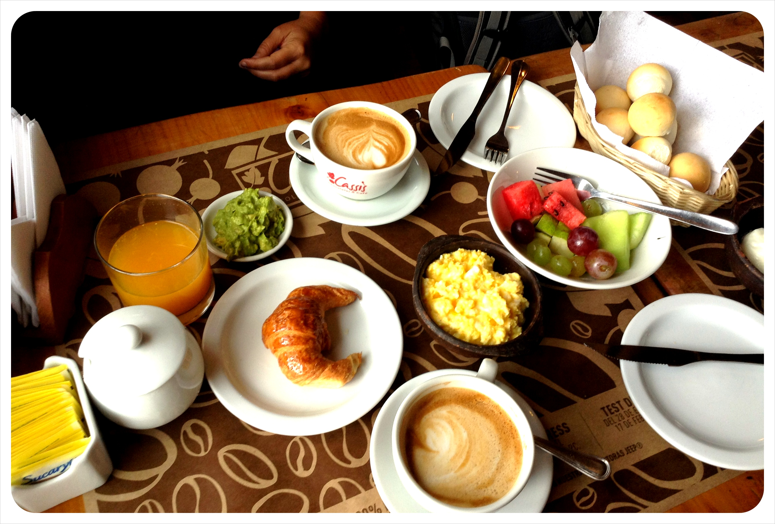 cassis breakfast