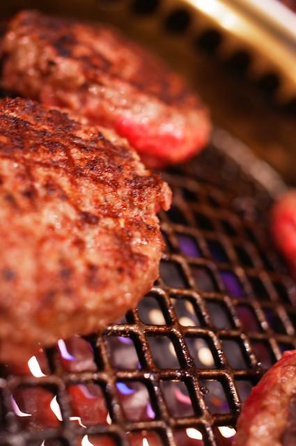 hamburger buns grilling