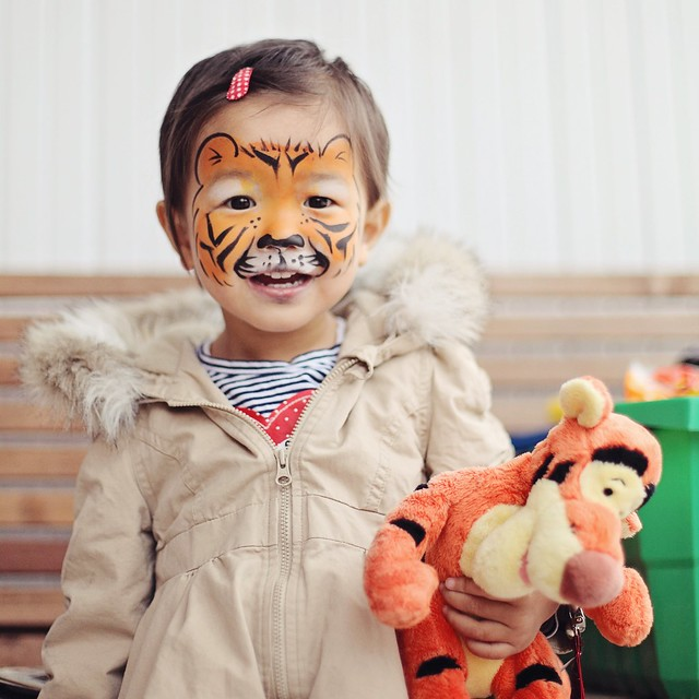 tigger x 2 - face painting at IKEA