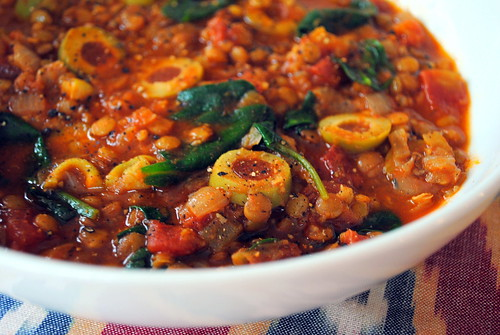 Smoky Tomato Lentil Soup With Spinach & Olives