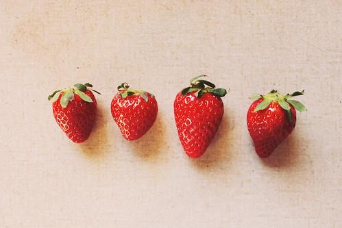 Quatre petites fraises