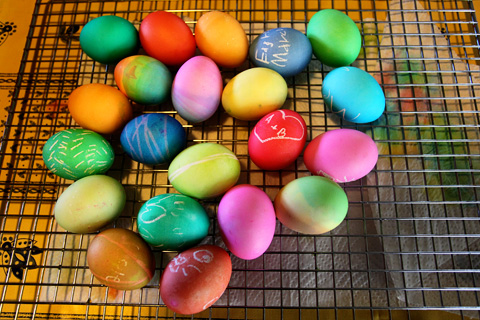 decoratingeggs1-0313