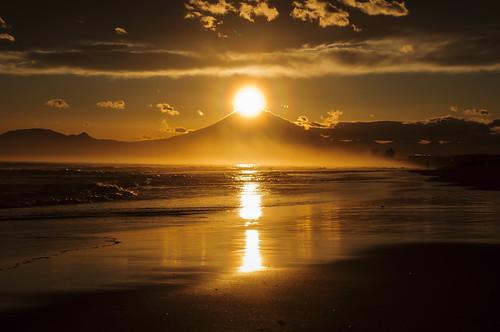 sunset beach fuji kanagawa shonan kugenuma