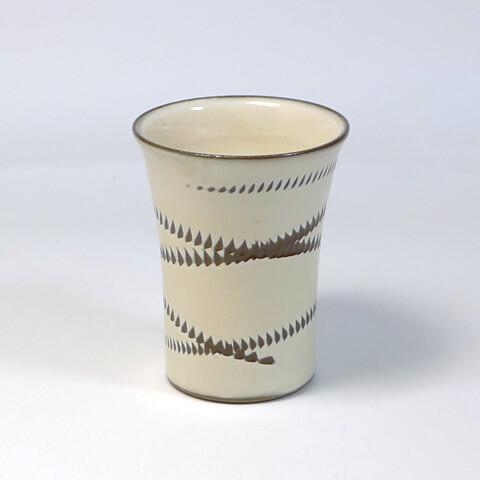 小鹿田焼 坂本浩二窯「フリーカップ/ヌキ飛び・乳白」