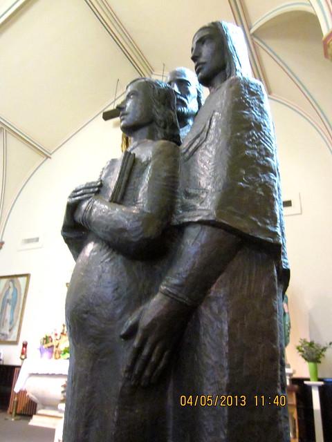 Pregnant Mary Statue 8