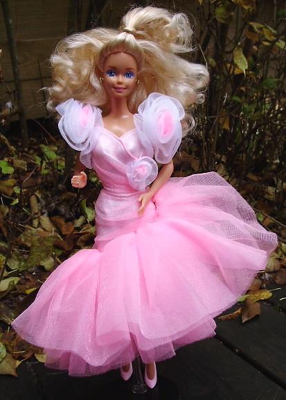 Elegant Barbie 1990