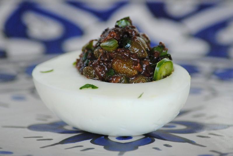 Фаршированные яйца (Deviled eggs)